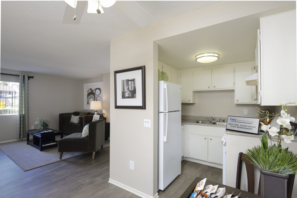 Sage Canyon Apartments in Temecula CA - Kitchen